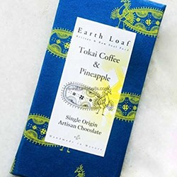 Picture of Tokai coffee & Pine Apple - Earth Loaf - Box
